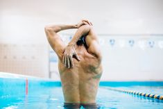 A Total Body Pool Workout, No Lap-Swimming (Or Water Aerobics) Required Swimming Drills, Lap Swimming, Swimming Tips, Best Swimming Workouts, Swimming Exercises, Pool Workout, Cardio Workout At Home, Chest Workouts, Easy Workouts