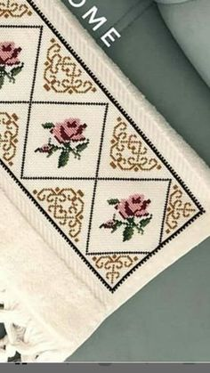 Havlu Cross Stitch Borders, Cross Stitch Flowers, Cross Stitch Designs, Diy And Crafts, Embroidery, Crochet, Creative, Projects, Cross Stitch Rose
