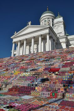 Yarn bombing http://www.scandinaviandeko.com/blog/crocheting-the-largest-blanket-in-the-world/