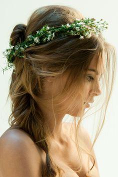 23 Gorgeous Flower Crowns Your Pinterest Board Needs Now  - Cosmopolitan.com