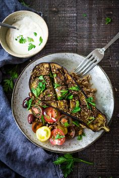 Zaatar Roasted Eggplant Earthy, tangy, Middle Eastern flavors compliment luscious roasted eggplant | vegetarian, simple, weeknight dinner