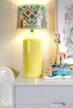 An easy, cheap, DIY lamp shade project
