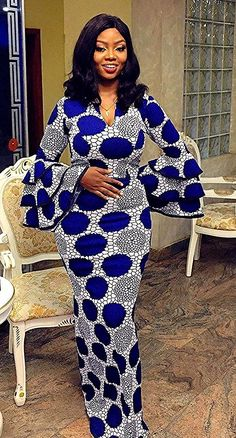 50 Ankara Asoebi Styles for Christmas - Ankara Lovers Beauti. - 50 Ankara Asoebi Styles for Christmas – Ankara Lovers Beautiful Ankara Aso Ebi dress for any occasion this December Source by - Short African Dresses, Latest African Fashion Dresses, African Print Fashion, Modern African Fashion, African Print Dress Designs, African Attire, The Dress, Dress Lace, Dress Shoes