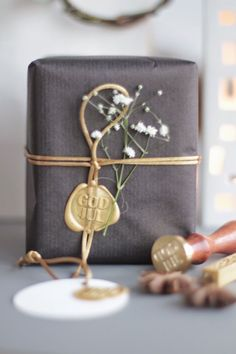 Sealing wax in gift wrap