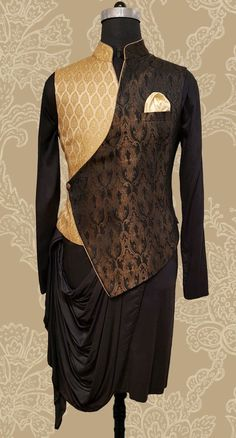Mens Style Discover Wedding Suits Men Summer Jackets 31 Ideas For 2019 Mens Indian Wear, Mens Ethnic Wear, Indian Groom Wear, Indian Men Fashion, Mens Fashion Suits, Mens Suits, Trendy Fashion, Best Wedding Suits, Wedding Dress Men