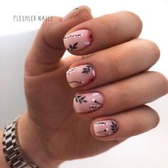 Spring nails are cute yet fashionable. Find easy latest spring nail designs, ideas & trends in spring coffin nails, acrylic nails and gel spring nail colors. French Manicure Nails, Diy Nails, Cute Nails, Pretty Nails, Gel Nail Art, Acrylic Nails, Coffin Nails, Cute Spring Nails, Minimalist Nails