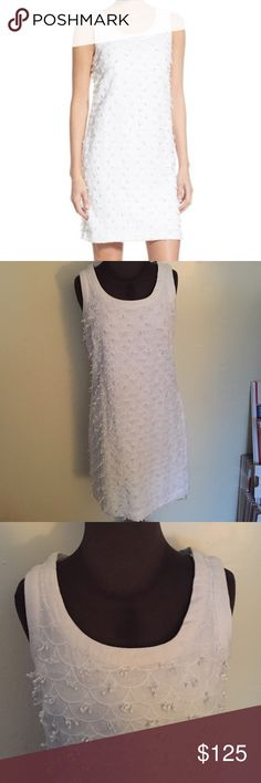 """🆕Vineyard Vines Nautical Scallop Shift Dress White 100% linen shift dress with white scallop embroidery and pom poms for a touch of fun. This is the perfect summer dress! Size 2, 17.5"""" pit to pit, 36"""" long. Fully lined, lining is 100% cotton.🚫NO TRADES✅OFFER BUTTON Vineyard Vines Dresses Mini"""