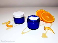 Similar to my first homemade wrinkle cream this natural anti wrinkle cream is another great overnight treatment, it's perfect for smoothing out fine lines and w Homemade Face Moisturizer, Natural Moisturizer, Homemade Face Masks, Homemade Skin Care, Homemade Products, Homemade Beauty, Diy Beauty, Honey Recipes, Cream Recipes