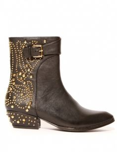 Black leather boots with gold studded patterns along the shoe spine. By Jeffrey Campbell #fashion #trends #cool