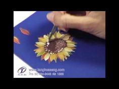 Artist Igor Sakharov. Draw a sunflower, a unique technique - YouTube