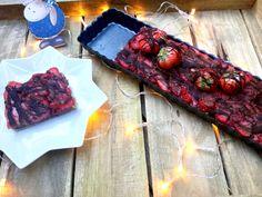 Marzipan-Schokoladen-Erdbeerkuchen ohne backen - Backen ohne Zucker. Mit Mandeln, Haselnüssen, Kokosöl, ungesüßter Mandelmilch und Xucker light.