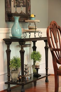 Accent Table - Dining Room