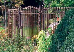 This fence and gate were created by Fine Architectural Metalsmiths. Photo: courtesy of Fine Architectural Metalsmiths