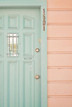 minty front door & peachy house...dreamy
