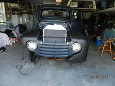 Need help with 48 inner and outer fenders - Ford Truck Enthusiasts Forums 1948 Ford Truck, Ford Pickup Trucks, Old Fords, Old Trucks, F1, Antique Cars, Vehicles, 1950s, Photography