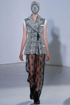 Maison Margiela Fall 2012 Couture Fashion Show