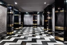 1 Oak Nightclub, The Mirage Hotel  Casino, Las Vegas. Interior design by Munge Leung.