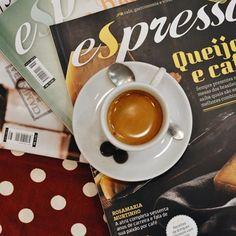 Mais uma novidade #CiaMineiradeChocolates: agora você encontra a revista Espresso também à venda por aqui! Mais um delicioso motivo para aquela pausa em nossa loja, que fica no 1º piso do @uberlandiashopping️💛✨  #CoffeeTime #CoffeeLovers #revistaespresso