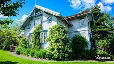 Dekk veggen med klatreplanter • Spirea.no Planter, Mansions, House Styles, Gardening, Home, Decor, Decoration, Manor Houses, Villas