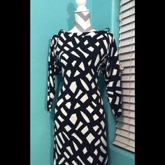 Gorgeous Calvin Klein dress This Calvin Klein dress is brand new, I'll even ship the CK shopping bag along with it. It is absolutely gorgeous, and elegant. P Perfect for any occasion! Whether it's worn at work, or a night out, you'll look dazzling! Calvin Klein Dresses Asymmetrical