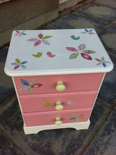 Mum Of All Trades: Bedside Drawers Up-Cycle.