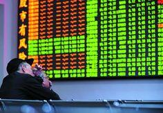 Chinese govt, securities regulator & financial institutions join hands to halt market slide http://en.people.cn/business/n/2015/0706/c90778-8915857.html…