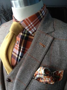 Tweed suit, pocket kerchief, plaid shirt and yellow tie. Sharp Dressed Man, Well Dressed Men, Suit Up, Suit And Tie, Looks Style, My Style, Raining Men, Gentleman Style, My Guy