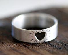 Heart Ring best ring tan