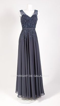 Ook leuk!: Blauw-grijze galajurk 2654 Prom Dresses, Formal Dresses, How To Wear, Sad, Inspiration, Clothes, Happy, Fashion, Biblical Inspiration
