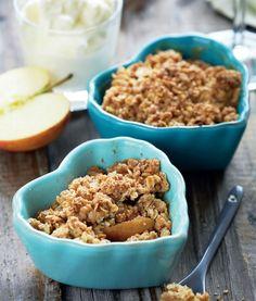 Æblekage med grov crumble