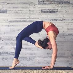 """""""Blessed are the hearts that can bend; they shall never be broken."""" – Albert Camus. @Riva_G_ is featured in the Lush Bra & High Waist Airbrush Legging. #aloyoga #beagoddess #regram"""