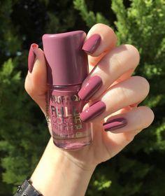 Nails art - Home Classy Nails, Stylish Nails, Trendy Nails, Cute Nails, Perfect Nails, Gorgeous Nails, Nail Paint Shades, Acryl Nails, Pretty Nail Colors