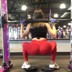"""2,232 Likes, 85 Comments - ⠀⠀⠀⠀⠀ Tαnуα⠀⠀⠀⠀⠀⠀⠀ (@fashnfitlife) on Instagram: """"Killer Booty Workout! Lots of elevated & some banded werk, just tryin to build that🍑💪🏼🔥 Use Mind -…"""""""