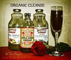 Clean the ol' arteries and pipes the natural way. Combine 1 c. organic grape juice, c. organic apple juice & c. organic vinegar for a daily cleanse. Simply sip c. each morning to lower your cholesterol and blood pressure. Dilute with a Natural Detox Cleanse, Liver Detox Cleanse, Detox Your Liver, Juice Cleanse, Artery Cleanse, Grape Juice, Apple Juice, Apple Cider, Kitchens
