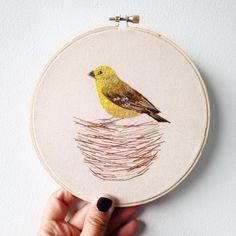 """""""Contento como un chirihue"""" , nuevo pajarito terminado y a la venta! * Sicalis luteola* """"Happy as a chirihue"""", my new little bird is done!"""