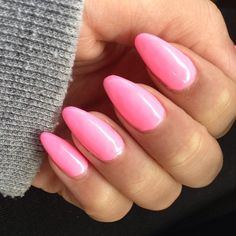 I'm not a big fan of stiletto nails but these look cute!!