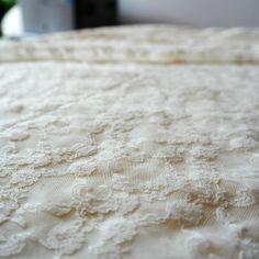 Dantela elastica crem MCR8837CREAM.  Latime   132 / 137 (cm); Greutate 90~100 (per gram);  Compozitie (%) Bumbac 95%; Spandex 05%; Shag Rug, Spandex, Home Decor, Shaggy Rug, Decoration Home, Room Decor, Blankets, Home Interior Design, Home Decoration