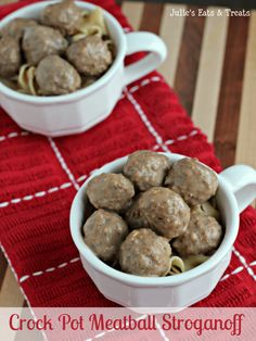Crock Pot Meatball Stroganoff ~ http://www.julieseatsandtreats.com