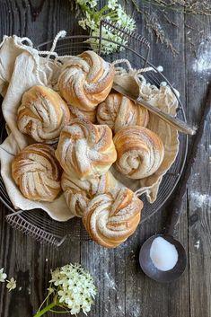 Bread N Butter, Sweet And Salty, Nom Nom, Stuffed Mushrooms, Healthy Eating, Sweets, Vegetables, Breakfast, Desserts