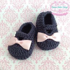 Crochet Baby Booties Blue Crochet Booties by CutestlittleThing