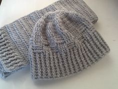 Men's crochet hat and scarf