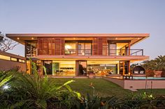 Majestic Residence in South Africa Pours the Exotic Landscape Inside - http://freshome.com/2014/06/27/majestic-residence-south-africa-pours-exotic-landscape-inside/