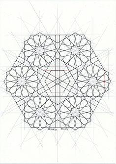 Bou113 #islamicart #islamic_art #arabianart #geometry #symmetry #handmade #mathart #regolo54 #escher #islamicdesign