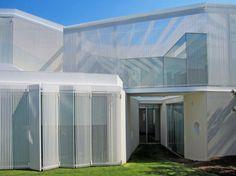 House #1.130. Location: Madrid, Spain; firm: estudio entresitio; photos: Roland Halbe, entresitio; year: 2013