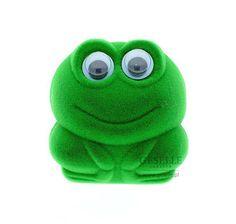 Oryginalne pudełeczko w kształcie zielonej żabki - doskonałe na pierścionek zaręczynowy lub kolczyki | NA PREZENT \ Opakowania na biżuterię od GESELLE Jubiler