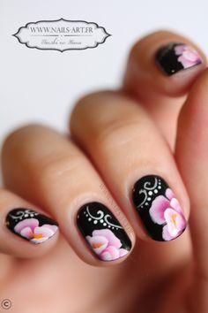 By Tenshi #nail #nails #nailart