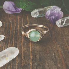 Anillo aventurina menta - boho Anillos - joyería Bohemia - alambre envuelto anillo - únicos anillos - anillos lindos - bohemio - hippie anillos