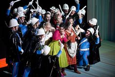 Stormy weather: How opera composers use musical maelstroms. Storms as a narrative and compositional device in Rigoletto, Idomeneo and Il barbiere di Siviglia.