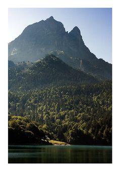 Le Pic du Midi d'Ossau depuis Bious Artigues. Photo de @Cyril Garrabos