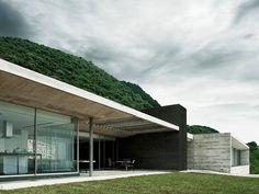 Widescreen House R-Zero Studio